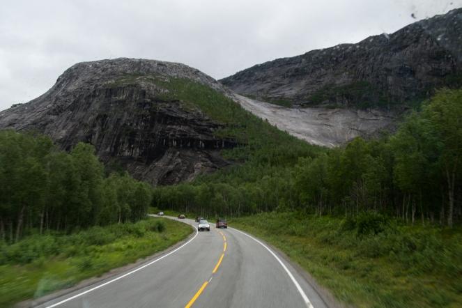 Pareti di granito lungo la E6 tra Narvik e Bodø